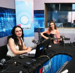 Interview on Radio 1 Georgia, 6/7-2016 https://sabinachantouria.com/2016/08/30/interview-in-pirveli-arxhi/